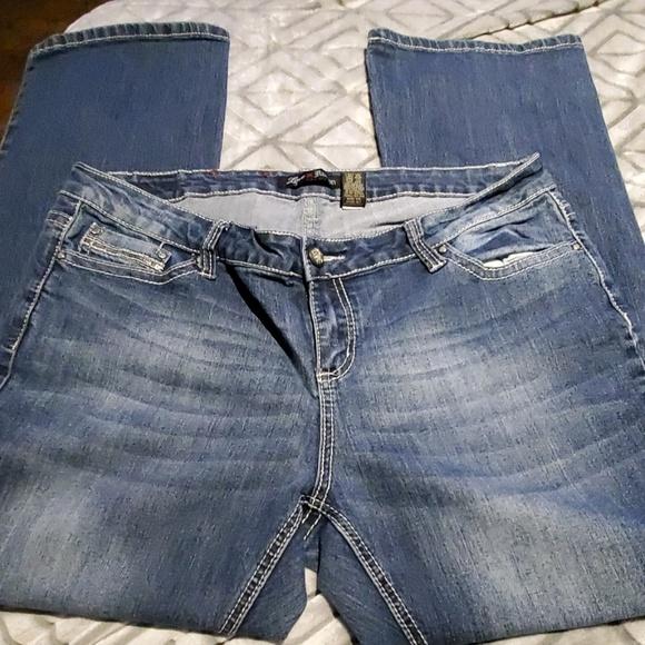 Love Nation Denim - Jeans